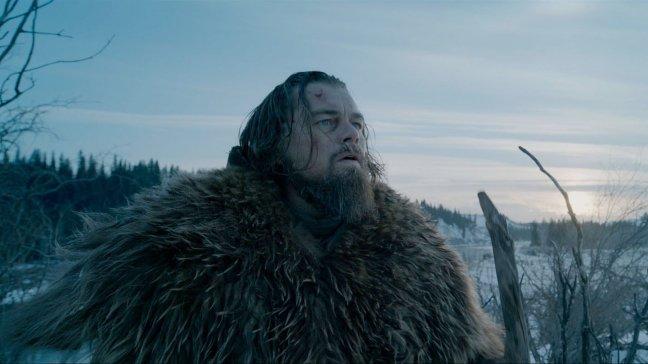 Hugh Glass (Leonardo DiCaprio) hurjan erämaan armoilla.