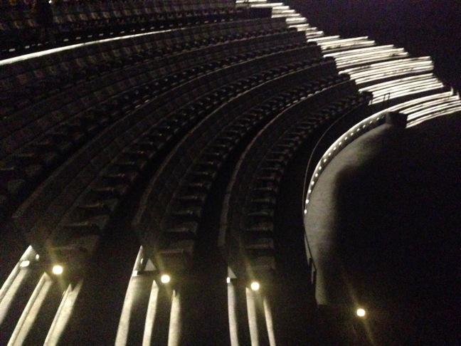 IMAX-sali on tyylikäs ja valtava.